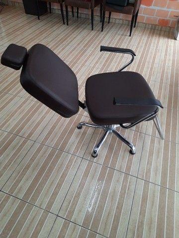 Cadeira de Cabeleireira  - Foto 3