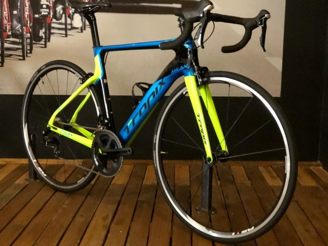 Bicicleta Tropix Milan Carbon Shimano 105 Tam: M
