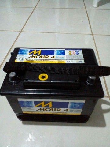 Vendo Bateria Moura 60AH semi nova. - Foto 4