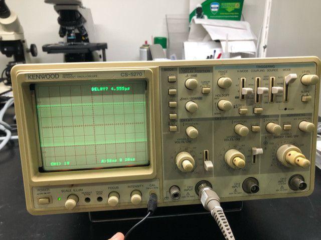 Osciloscópio kenwood CS5270 100Mhz 3 canais  - Foto 3