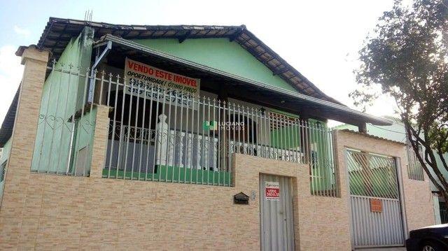 Casa à venda, 3 quartos, 1 suíte, 2 vagas, Santa Monica - Belo Horizonte/MG
