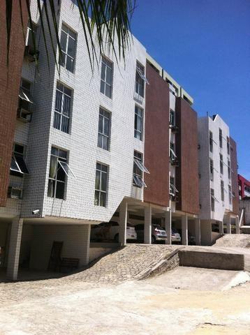 Apartamento 3/4 sendo 1 suíte + Dep. Emp. ? Prox. Hospital Memorial