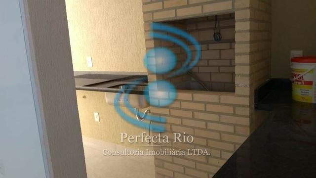 Linda casa, 3 suítes, segurança 24h, closet e bancada em nanoglass - Foto 6