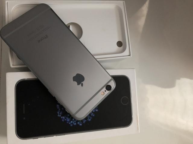 IPhone 6 somente venda R$950,00 zero não tem nenhum risco Sempre com película com borda i