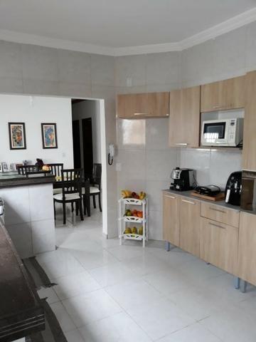 Casa 03 dorm, sendo 02 suite, 02 salas, garagem 04 autos, terreno de 250 mts. (financia) - Foto 8