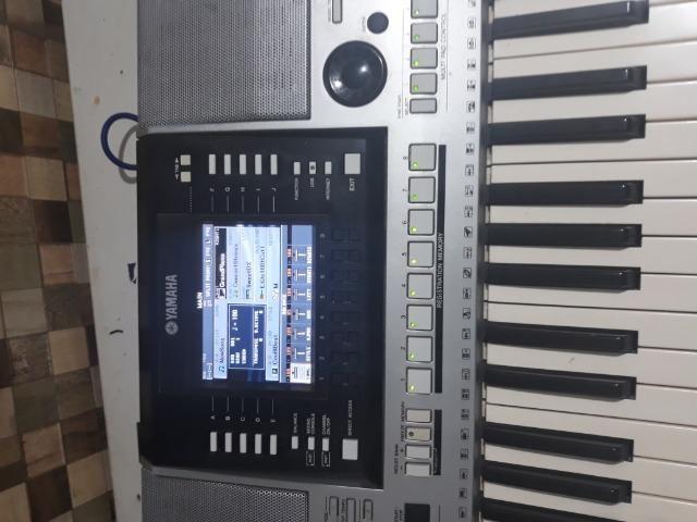 PSR s910 todo bom grava e le mp3 pega microfone top - Foto 4