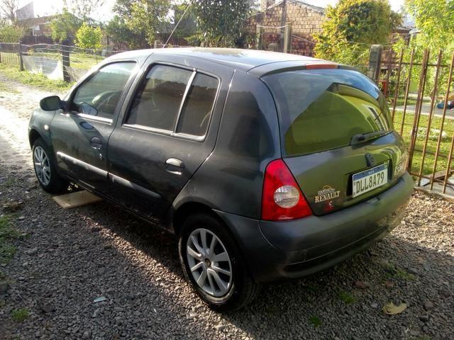 Clio 2003 11.000
