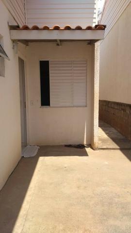 Casa com corredor de 03 quartos no Condomínio Rio Jangada - Foto 4