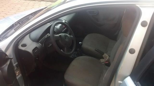 Corsa Hatch 1.0 - Foto 3