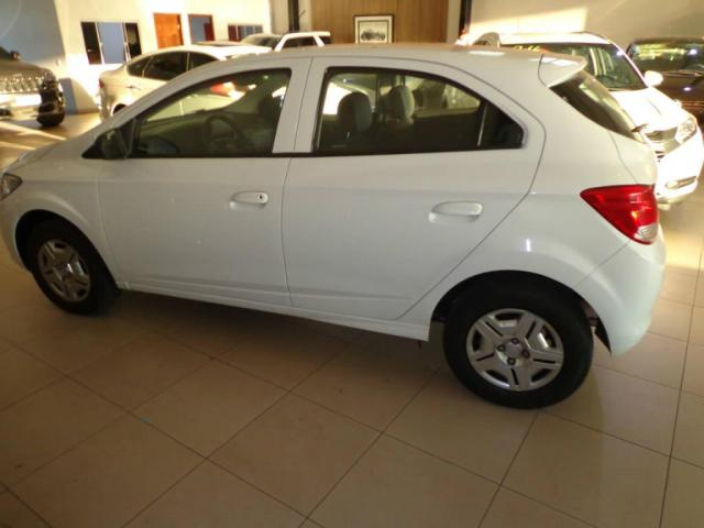 Chevrolet Onix 1.0 LT MECANICO - Foto 11