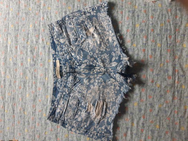 Desapego de shorts semi novos de marca: Walery, South, espaço fashion e YSC. - Foto 4