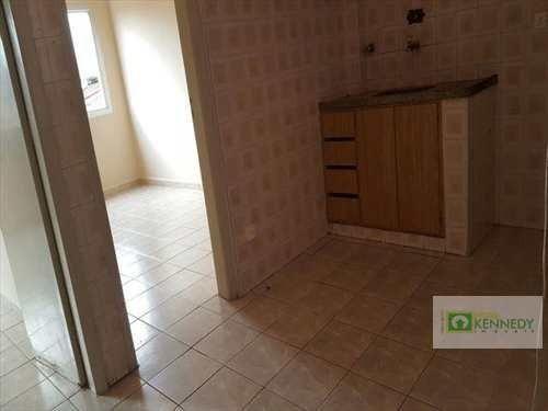 Venda um dormitório com elevador e vaga de garagem - Foto 7