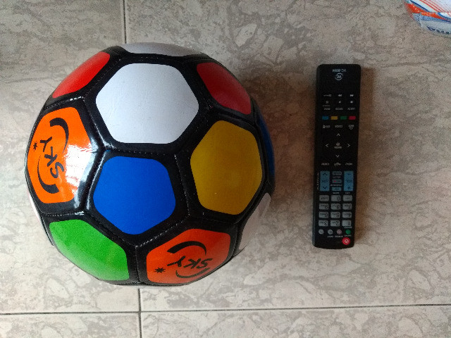 Bola de futebol infantil - Foto 3