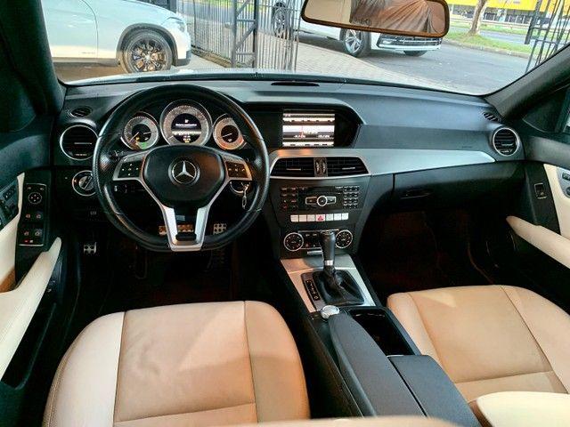 Mercedes C-250 CGI Avantgarde - KM 60.000 revisões na CC - Nova!!! - Foto 10