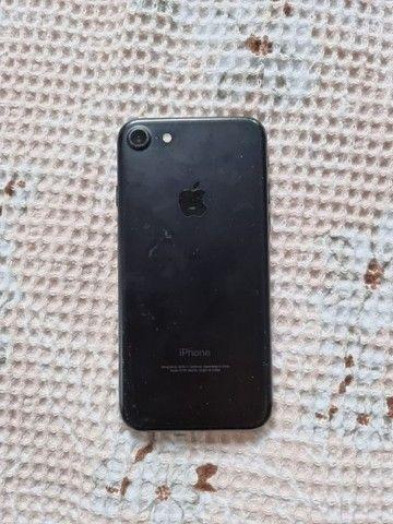 iPhone 7 - 32gb - Black - Semi novo - Foto 3