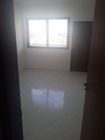 lindo três quartos 3/4 suite enorme Itapuã - Foto 3