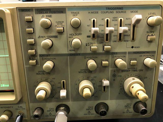 Osciloscópio kenwood CS5270 100Mhz 3 canais  - Foto 2