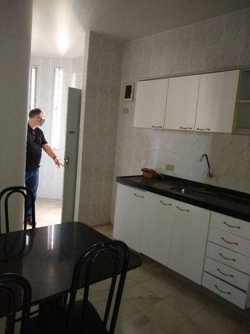 Vendo Excelente Apartamento de 3 quartos (suíte) - Rua Setúbal - Foto 11