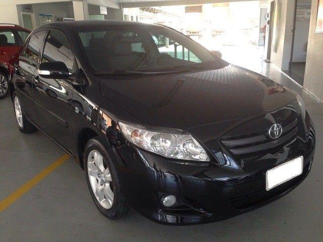Toyota Corolla xei 2.0 preto 16v flex 4p aut. 2011