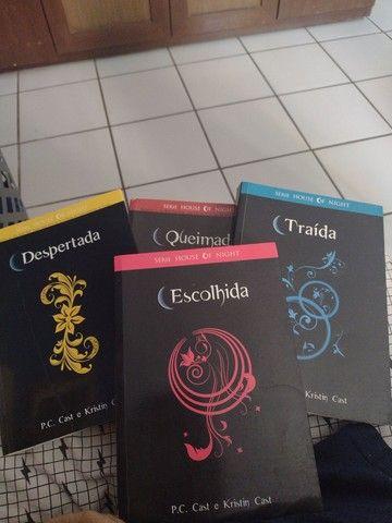 Conjunto de livros House of night 4 livros