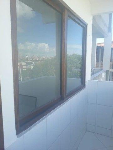 lindo três quartos 3/4 suite enorme Itapuã - Foto 5