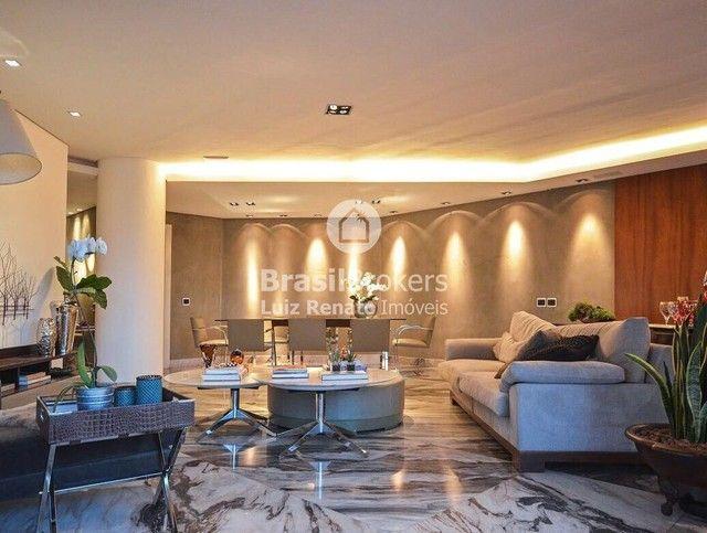 Apartamento 280 m², 4 quartos sendo 4 suítes, 4 vagas - Foto 2