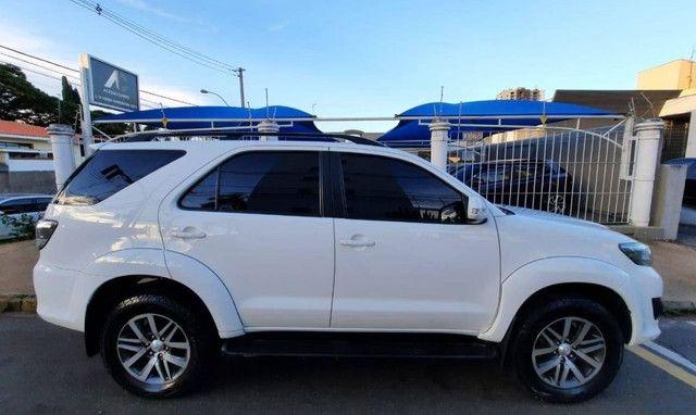 Toyota Hilux SW4 2.7 16V SR Flex Automático 5 lugares 2013 - Foto 4