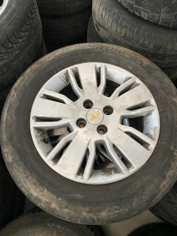 Roda 15 GM Chevrolet Corsa Celta Spin Cobalt Sonic Astra