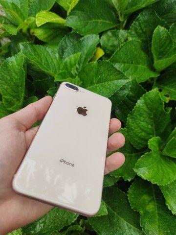 iPhone 8 Plus 256GB Gold impecável!! 12x 287 no cartão - Foto 4