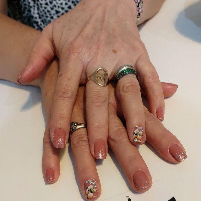 Manicure a domicílio  - Foto 2