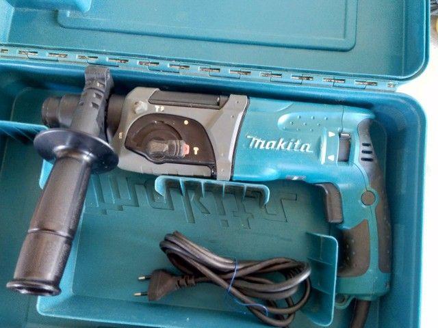 Martelete Makita hr2470 220v - Foto 2