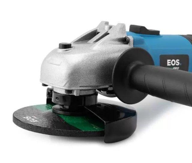Esmerilhadeira Angular Profissional EOS MaxPro 4.1/2 Polegadas 850W 220V - Foto 4