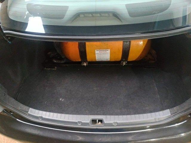 Vendo ou troco Corolla GLI 1.8 2011 - Foto 11