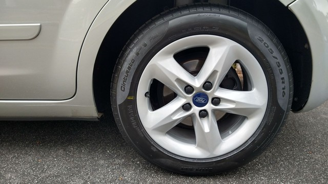 Focus Hatch GLX.2013 Automático - Foto 13