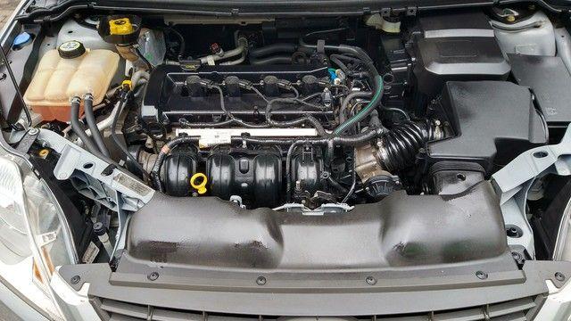 Focus Hatch GLX.2013 Automático - Foto 12