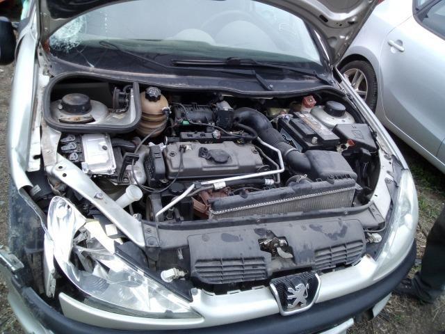 Sucata Peugeot 206 2008 para retirada de peças!