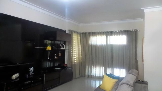 Casa Plana Cond. Vila Morena no Centro do Eusébio com 3 quartos