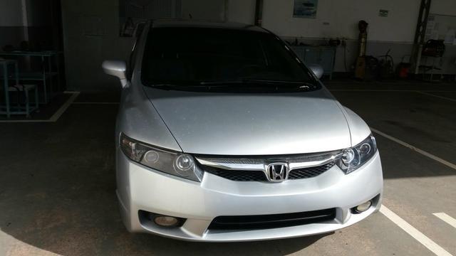 Honda Civic LXS aut. 1.8