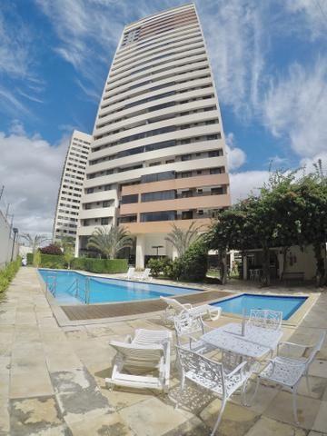 Apartamento com 3 suítes no Condomínio Corais de Capim Macio - Natal - RN