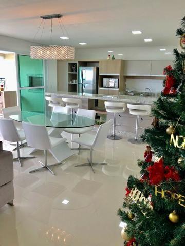 Belíssimo apartamento de alto padrão com 4 dormitórios, em condomínio clube, no Ecoville - Foto 4