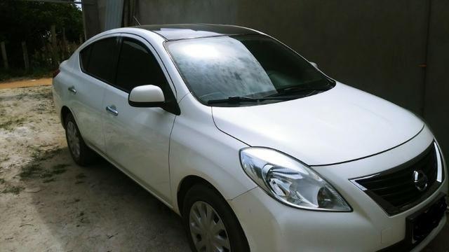 Nissan Versa SV 1.6 2014/14 Único Dono