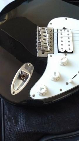 Guitarra Eagle STS 002 + Case - Foto 6