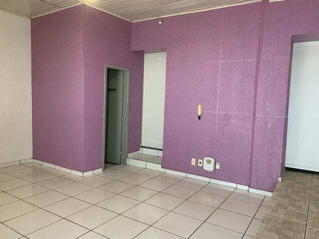 Aluga-se ou vende-se casa/comercial bairro Baú - Foto 2