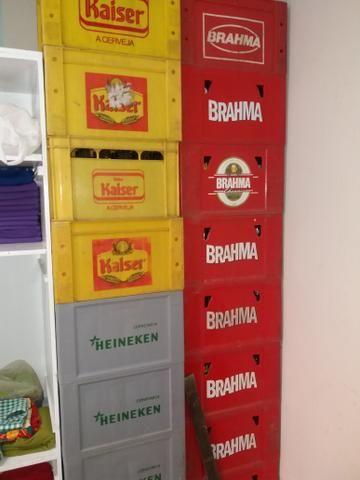 Vendo 100 vasilhames de cervejas de 600ml.vendo por unidade