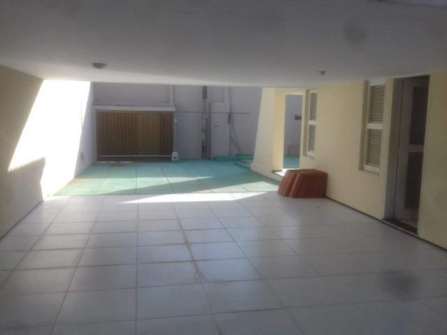 Duplex no Lago Jacarey, 9 Quartos, 7 Suítes, DCE, Piscina, Terreno 18 X 30, Rua Privativa - Foto 8