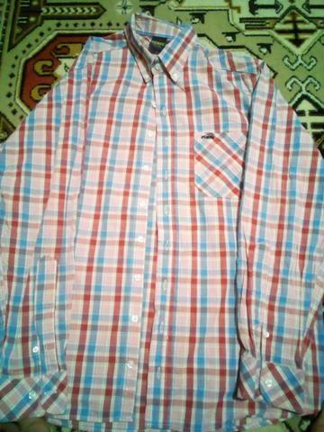 3 camisas G, seminovos