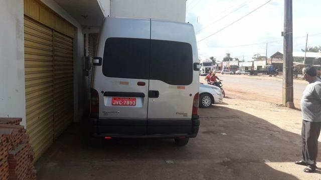 Van renon 16 passageiros a diesel