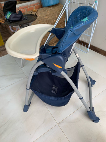Cadeirinha de bebê para refeição  - Foto 4