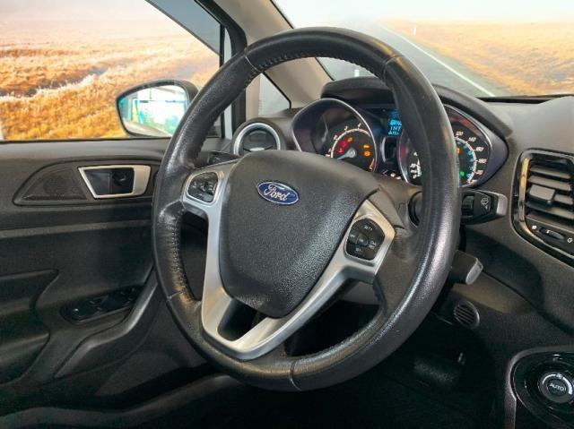 Ford Fiesta Sedan 1.6 Titanium - Automático - Foto 14