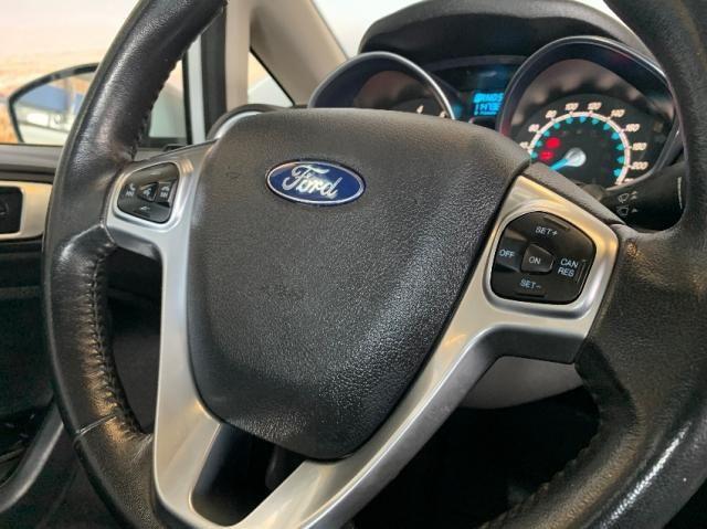 Ford Fiesta Sedan 1.6 Titanium - Automático - Foto 16